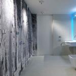 suite4all | vista del bagno dall'interno con wc e lavandino